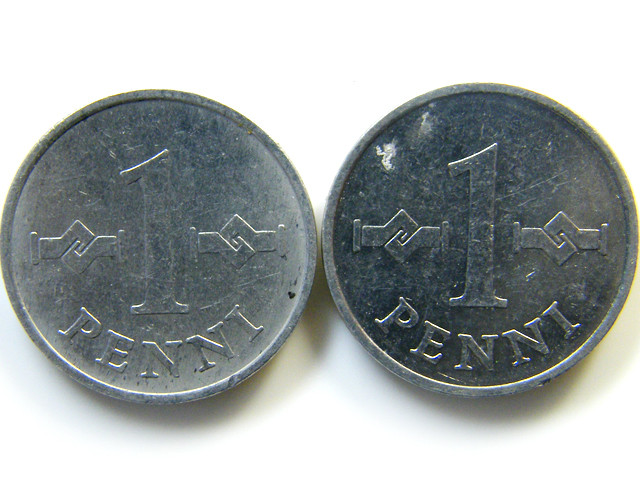 PAIR FINLAND COIN S  1979  J 438