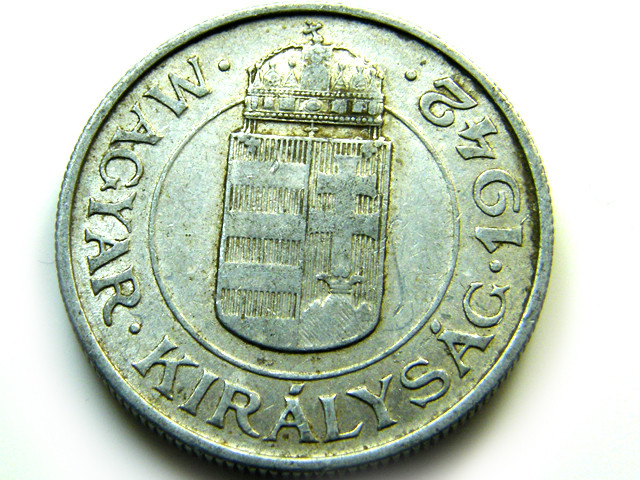 HUNGRAY 1942  COIN   J 495