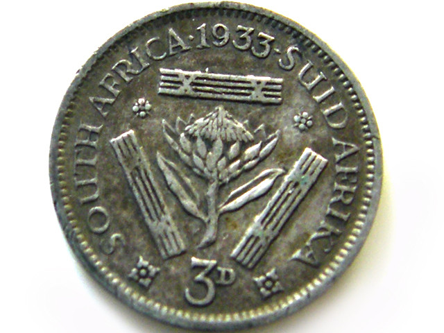 SOUTH AFRICA SILVER 3 PENCE 1933  COIN   J 605
