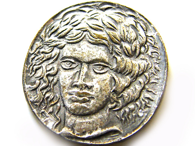 ANCIENT COIN REPRODUCTION J 678