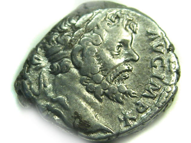 ROMAN SILVER DENARII  SEPTIMUS SEVERUS   AC 488