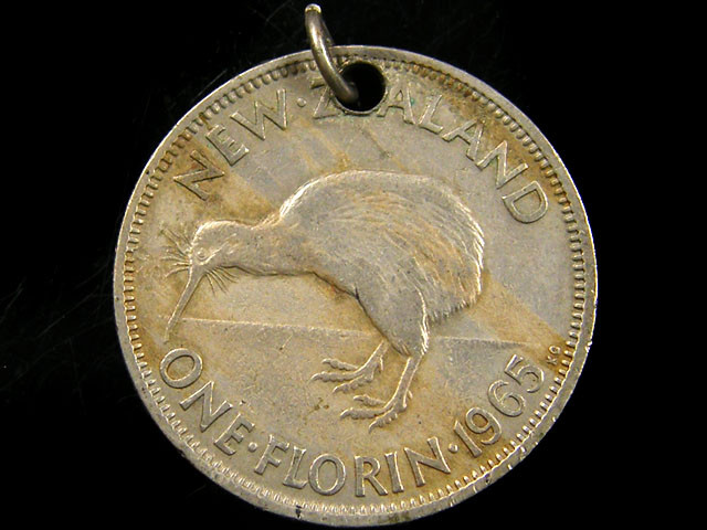 1965 NEW ZEALAND  ONE FLORIN COIN CO 668