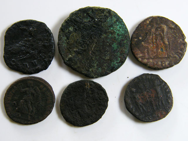 PARCEL 6 MIXED ANCIENT ROMAN COINS  AC 600