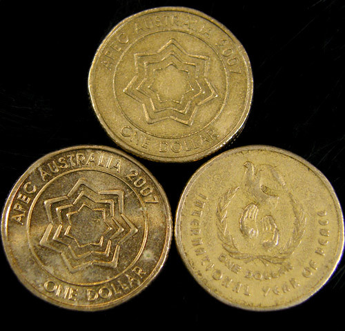 THREE INTERESTING AUSSIE N$1  COINS     J 756