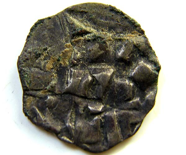 Henry III, IV or V circa 1039 - 1125 AD   CODE AC 89