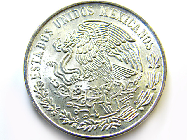 MEXICAN  PESO .720 SILVER COIN 1978  OP 975