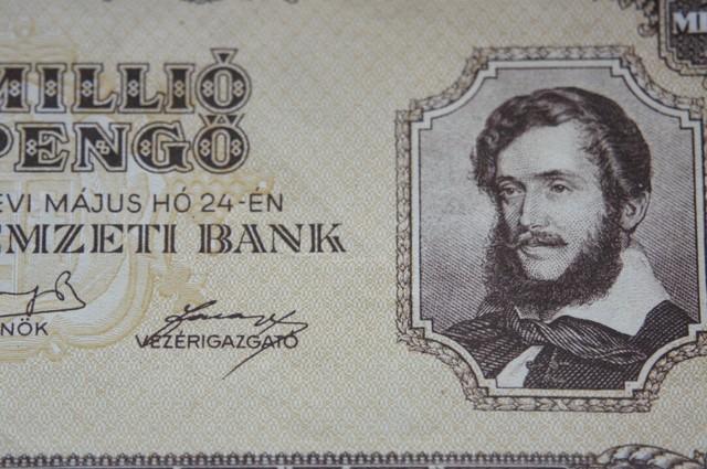 Hungary Egymillió (1.000.000) Milpengő 1946