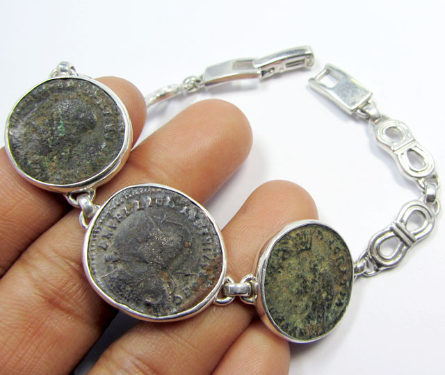 THREE  ANCIENT ROMAN COINS IN SILVER BRACELET  CO 1651