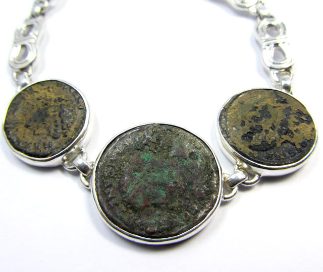THREE   ANCIENT ROMAN COINS IN SILVER BRACELET  CO 1652