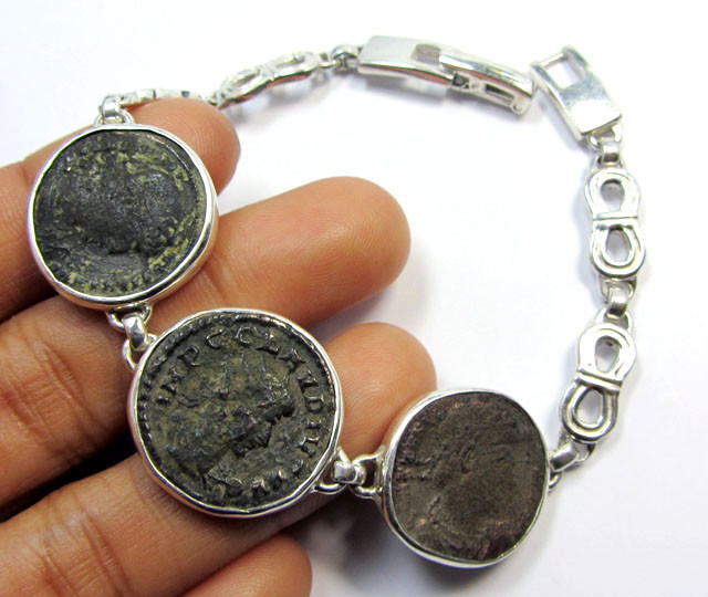 THREE  ANCIENT ROMAN COINS IN SILVER BRACELET  CO 1653