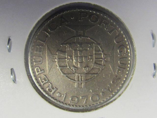 1970 ten escudos  COIN J 2000