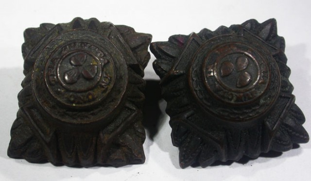 Pair WW11 US Buttons   AGR1358
