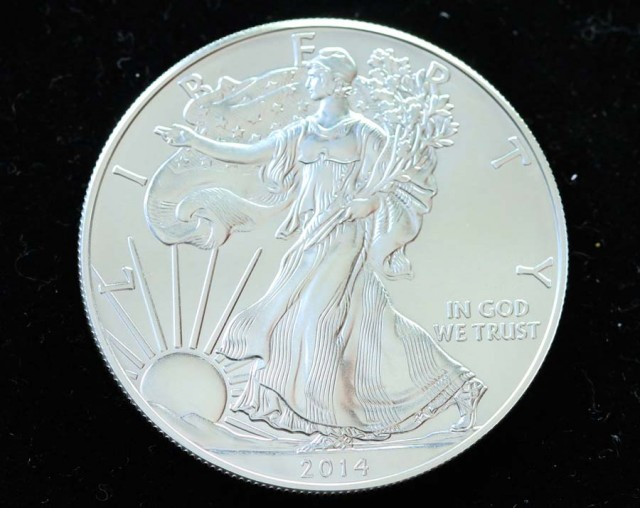 2014 UNC  AMERICAN SILVER EAGLE  SILVER COIN  CO177