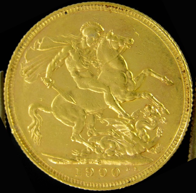 S 1900  Full Gold Sovereign veiled Queens-head CO2310