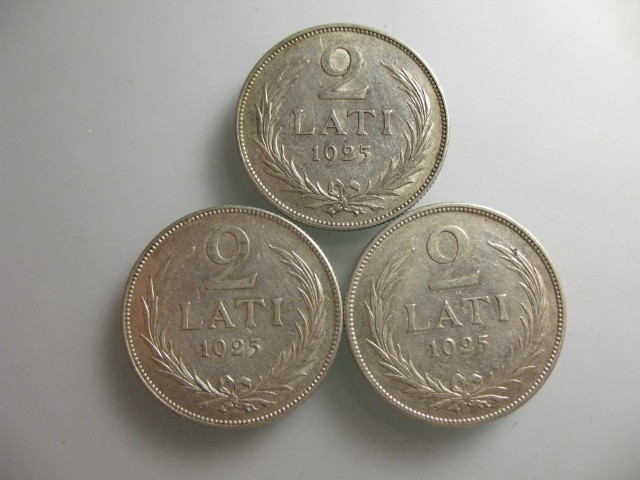 Lot of 3 2Lats Old Latvian 835 sillver coins 10 g each.1925 year