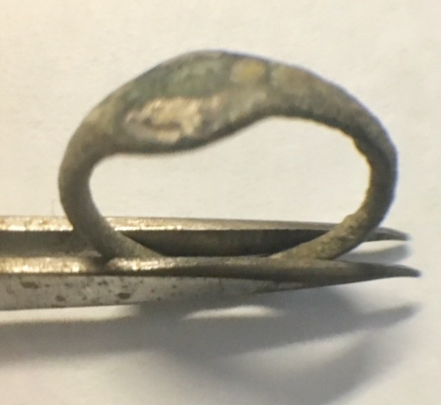 Ancient artifact  bronze ring   AC 904