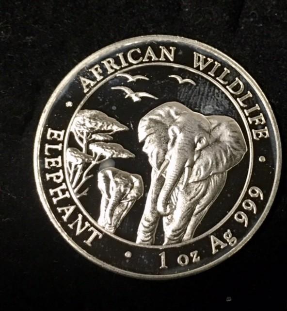 2015 Somalian Sh100 African Elephant 99.9% pure silver one ounce