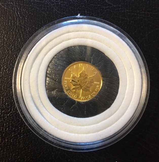 1993 1/120th gold maple canadian coin in capsule  CO1460