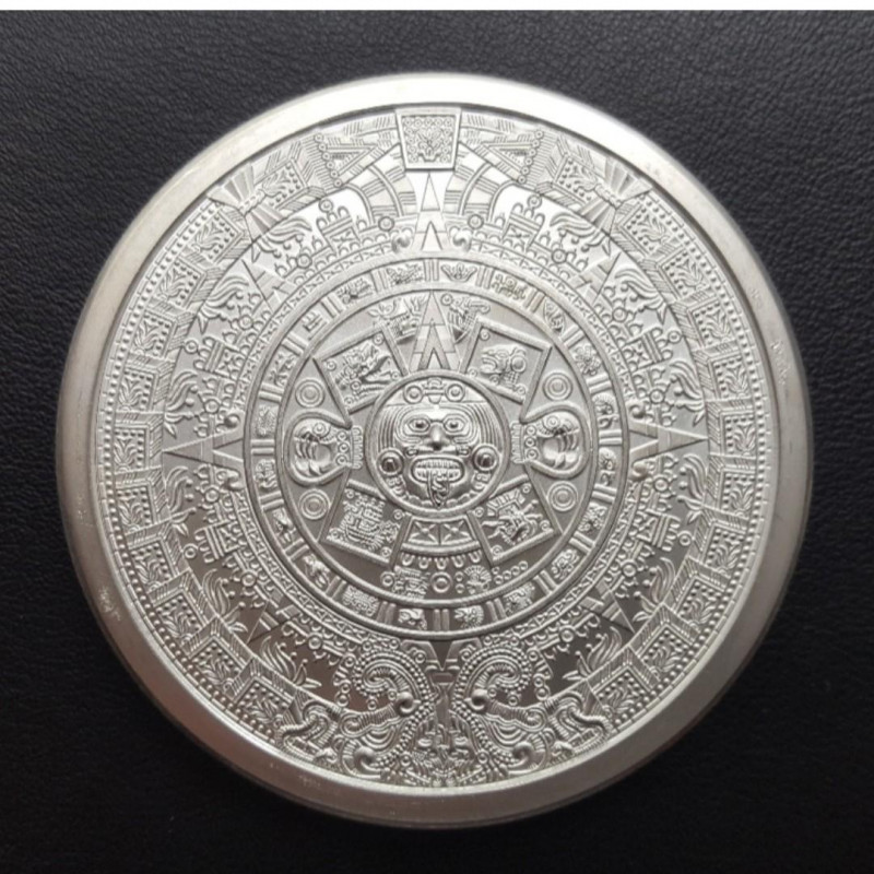 One Ounce Intricate detailed Aztec Round .999 Bullion Silver CP 454