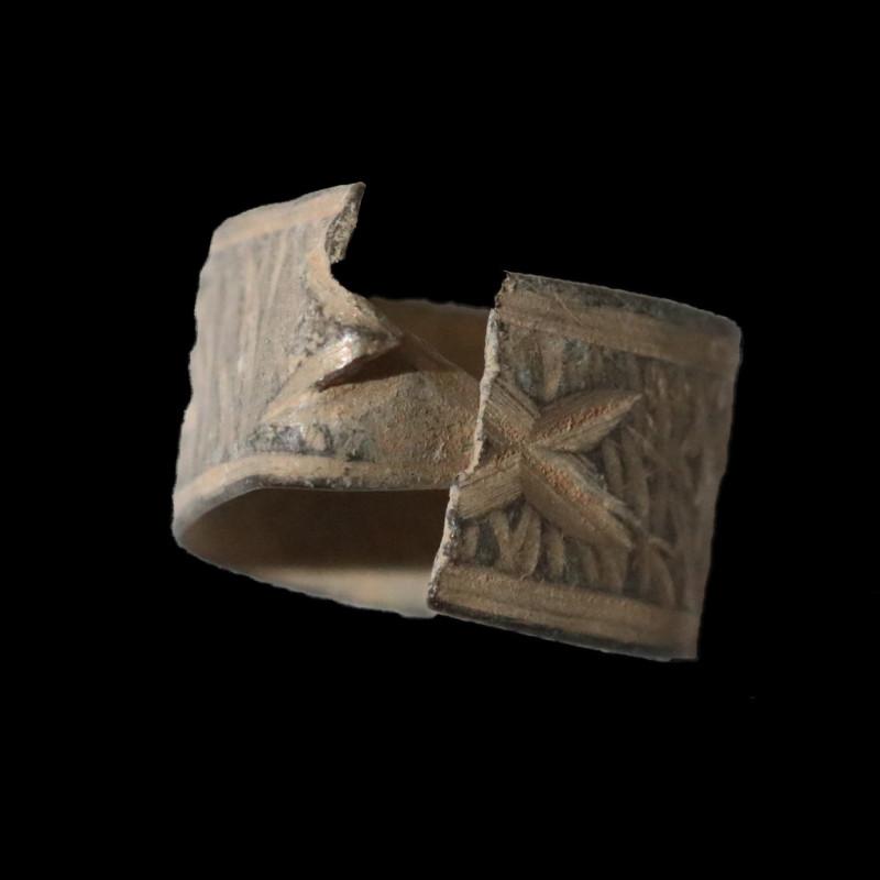 Holy Land Artifact  Bronze Ring100-400 AD -Code CCC 1098