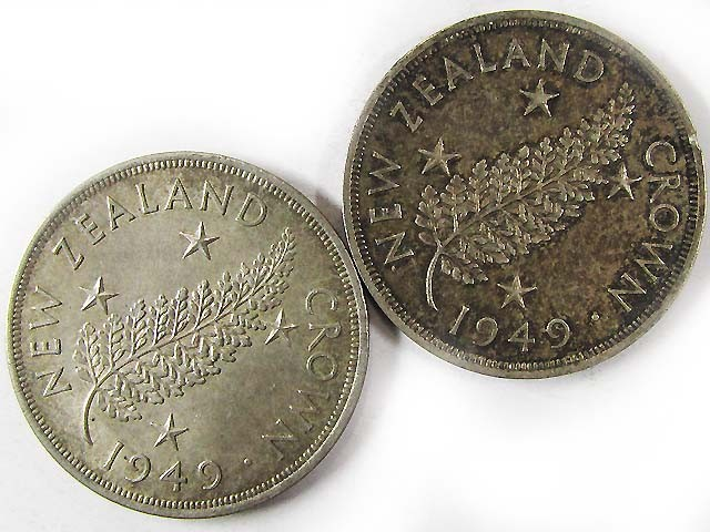 TWO .500 SILVER 1949 ONE CROWN NEW ZEALAND COINS    CO 978
