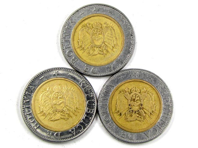 3  X  BOLIVIA BI METALIC  COINS     J 1572
