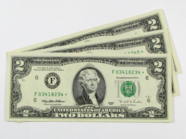 THREE US$2.00 NOTES CLOSE NUMBERS FO 3418234 -42     J 1589