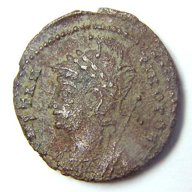 CONSTANTINE I AE 4 , COMMEMORATIVE  ROMAN COIN    AC713