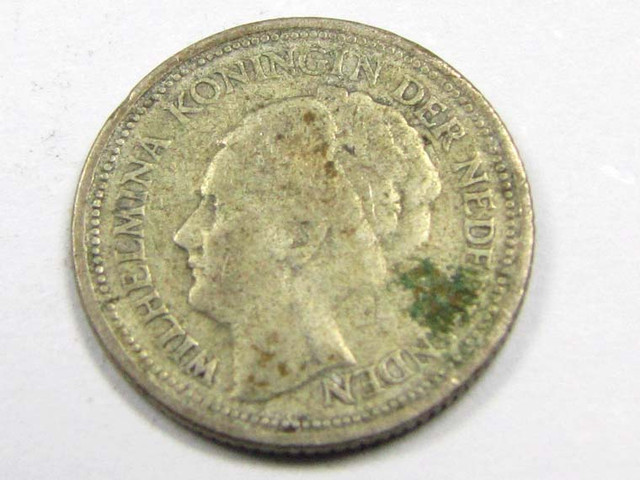 1926 10 CENTS .640 SILVER COIN  J 1928