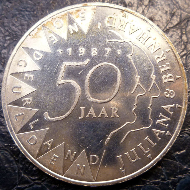 1987 HOLLAND  50 JAAR     SILVER COIN CO 1429