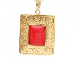 18 K GOLD FILLED PENDANT WITH STONE