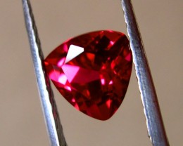 "TOP QUALITY VERNEUIL ""GOLDEN RUBY"" 2,30cts ...8x8x8mm"