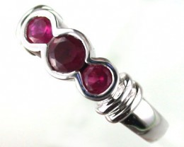 STERLING SILVER WITH MN RUBY   RING SIZE 7   G1644