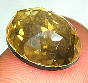 GOLDEN FACETED QUARTZ- DOUBLET 3.85 CTS FP-855 (PG-GR)