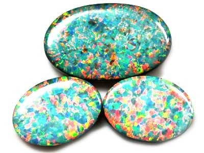 MATCHING SET OF 3 GEM LARGE LAB DOUBLET OPALS FO621