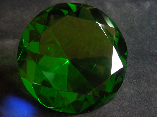 2270 CTS  FANCY DISPLAY PERIDOT GEMSTONE  11130