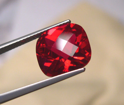 VERY NICE VERNEUIL RUBY PIGEON BLOOD RED 12x14MM CHECKBOARD