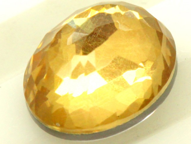 GOLDEN QUARTZ-DOUBLET  4.05  CTS   MA-56