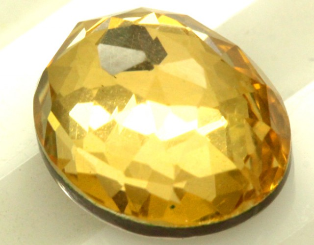 GOLDEN QUARTZ-DOUBLET 3.65   CTS   MA-80