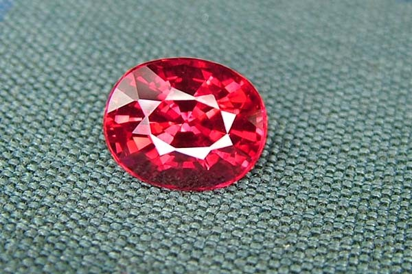 IF-VVS AAAA+ Firey Red Ruby Gemstone D1884