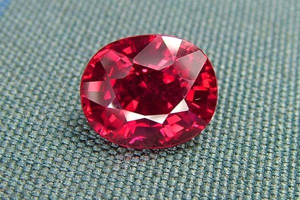 IF-VVS AAAA+ Firey Red Ruby Gemstone D1885