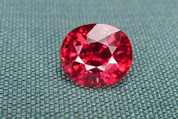 IF-VVS AAAA+ Firey Red Ruby Gemstone D1896