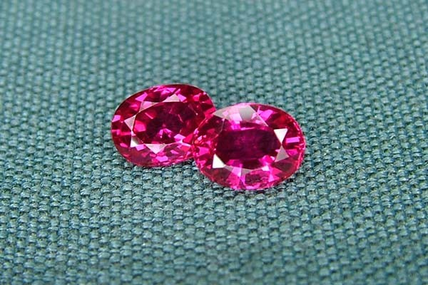 IF-VVS AAAA+ Firey Red Ruby Gemstone D1908