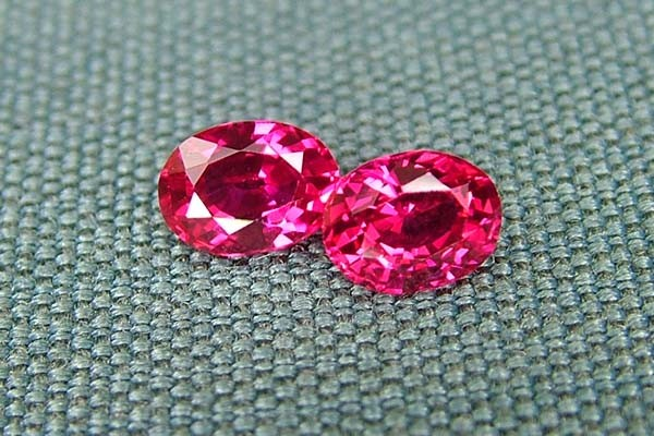 IF-VVS AAAA+ Firey Red Ruby Gemstone D1919