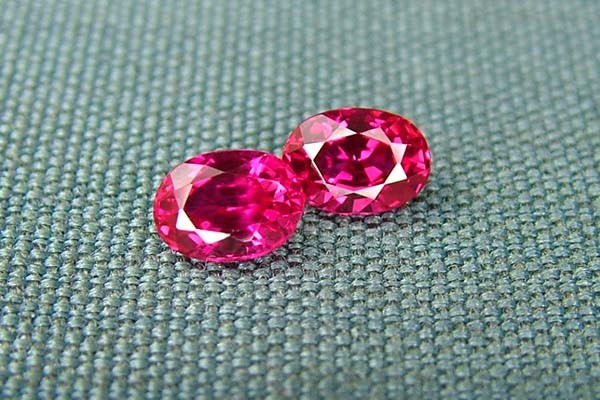 IF-VVS AAAA+ Firey Red Ruby Gemstone D1924
