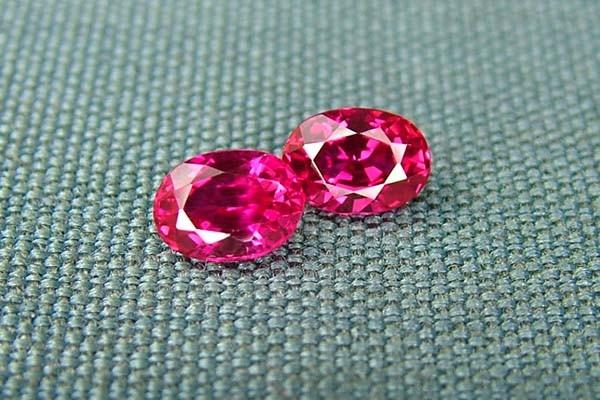 IF-VVS AAAA+ Firey Red Ruby Gemstone D1924