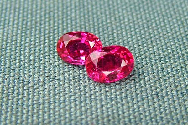IF-VVS AAAA+ Firey Red Ruby Gemstone D1927