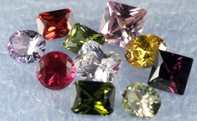 Designer Gems Clearing Sale 10 mix created Gems L4-M01