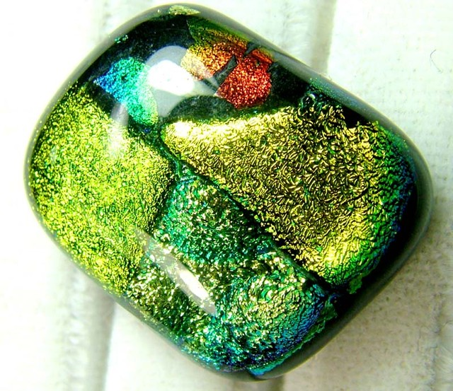 DICHROIC GLASS NEON COLOURS  25 CTS MA-17