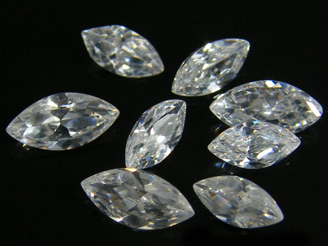 PARCEL SPARKLING ZIRCONIA MARQUISE CUT 2.25 CARATS  0343-4